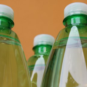 A powerful, fast experimental approach identifies potentially safer substitutes forBPA